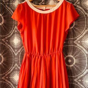 H81 Red Accordion Skirt Dress w/ White&Purple